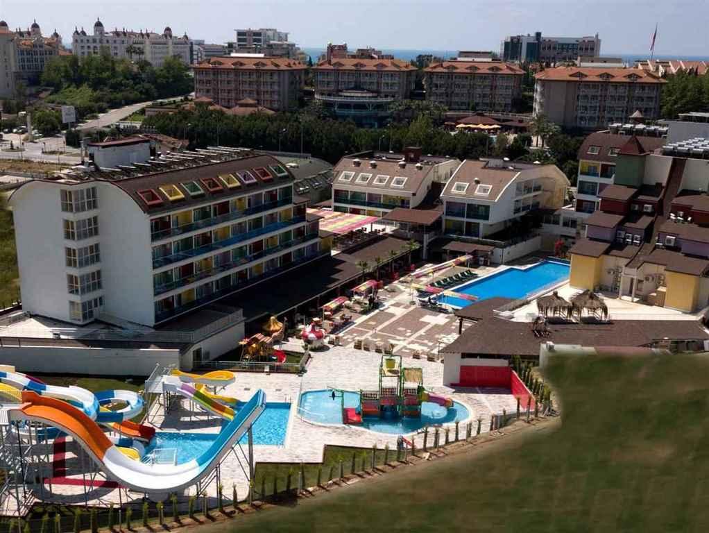 Blue Paradise Side Hotel
