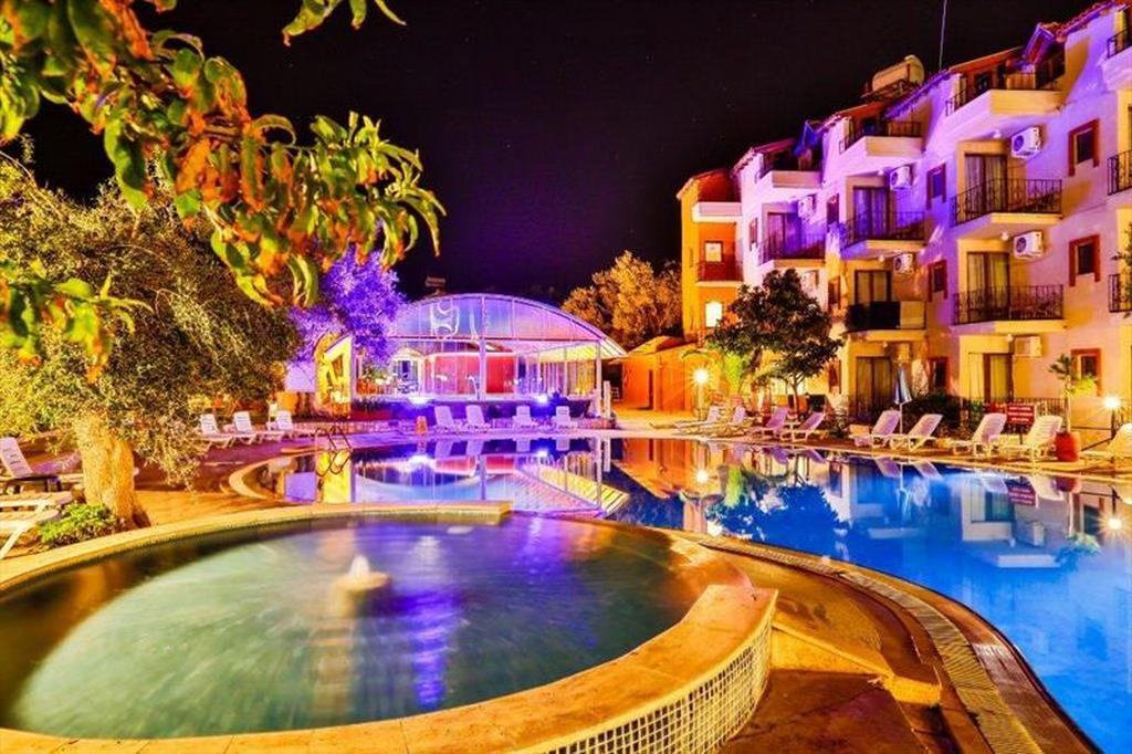 Club hotel Gültur
