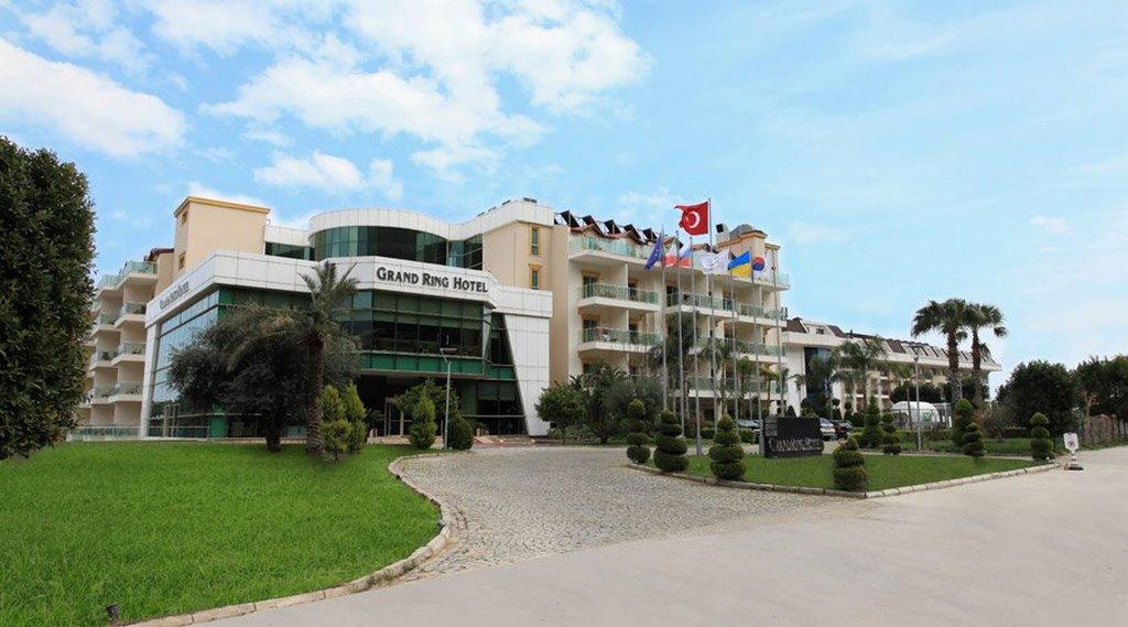 Grand Ring Hotel
