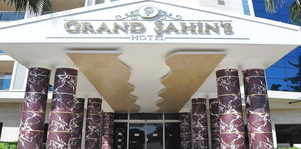 Grand Şahin's Hotel