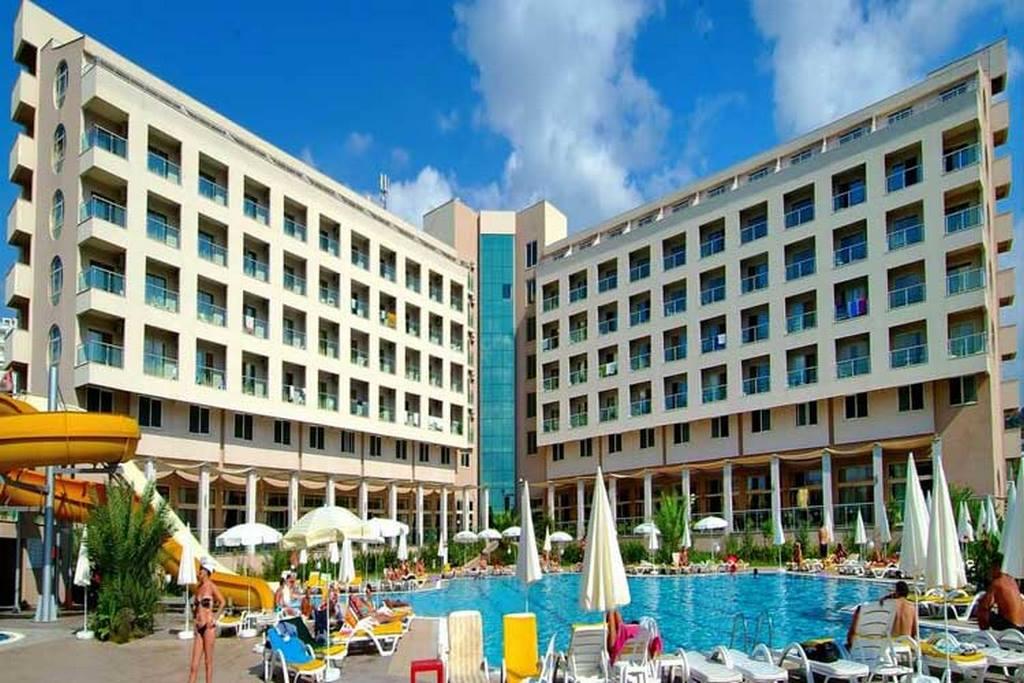 Hedef Rose Garden Hotel Spa
