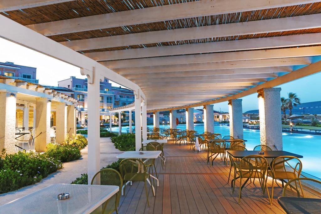 Double Tree by Hilton Ceşme Alaçatı Beach Resort   Ecctur.Com
