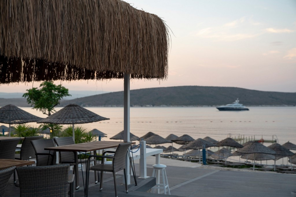 Double Tree by Hilton Ceşme Alaçatı Beach Resort