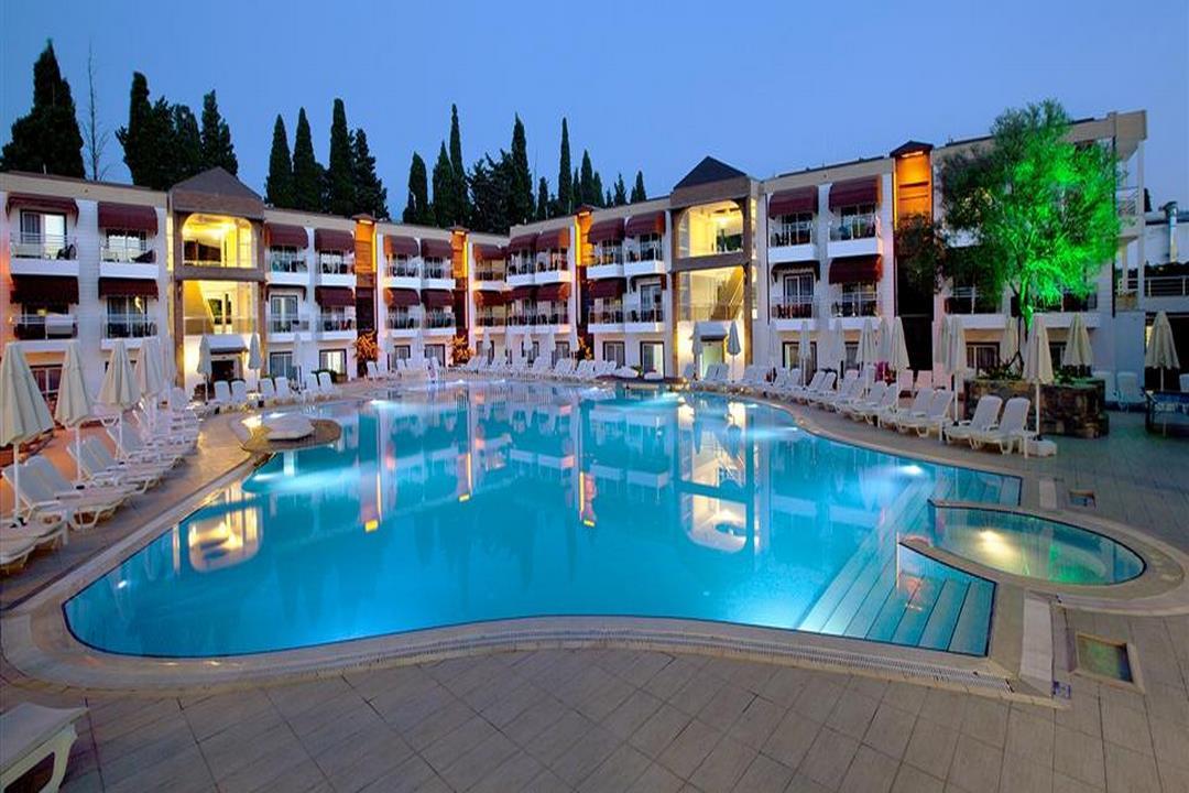 Risa Hotel Bitez