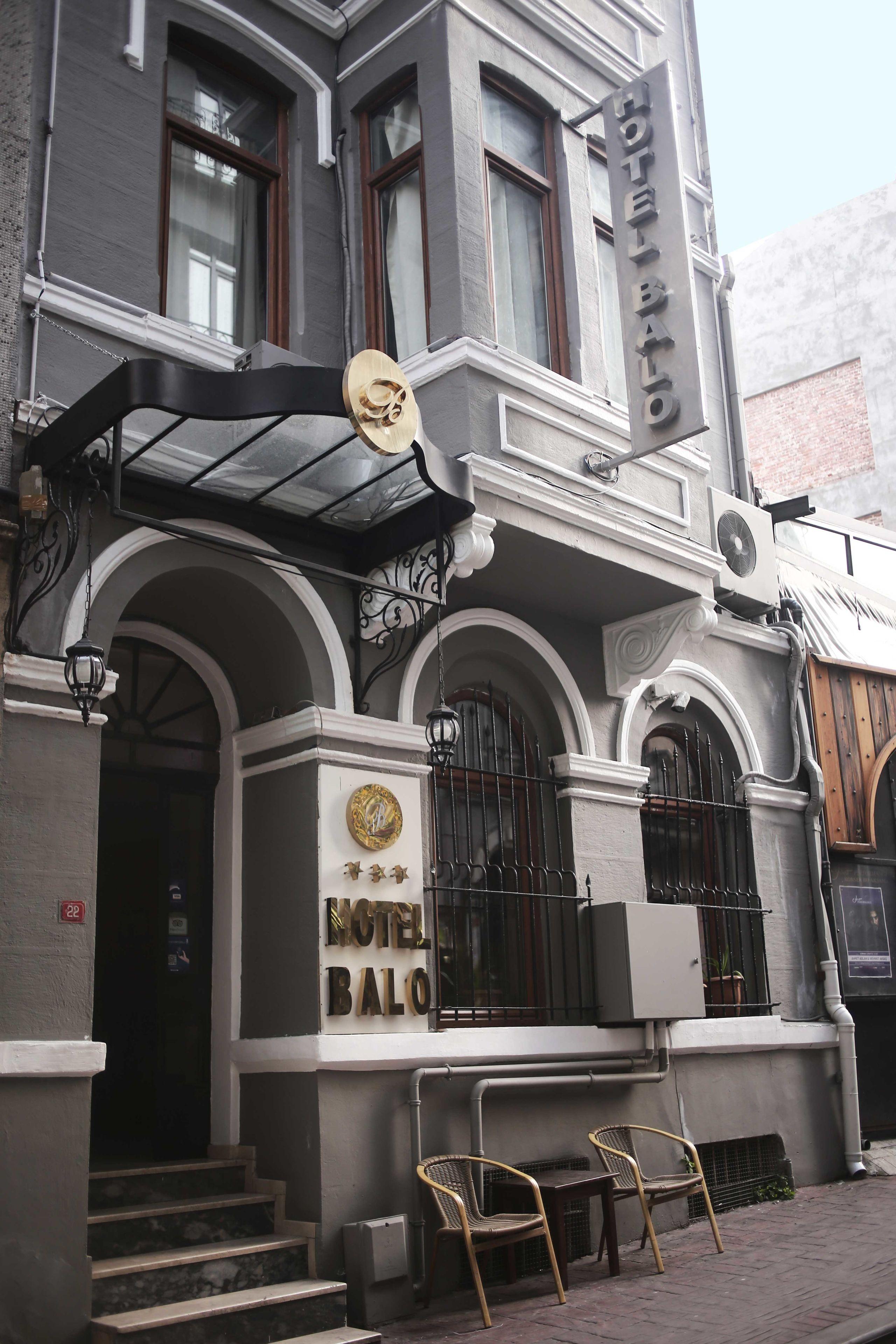 Balo Hotel