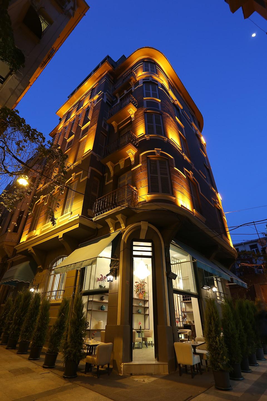 Fuga Hotel Constantinidis