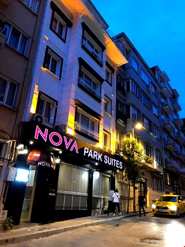 Nova Park Suites