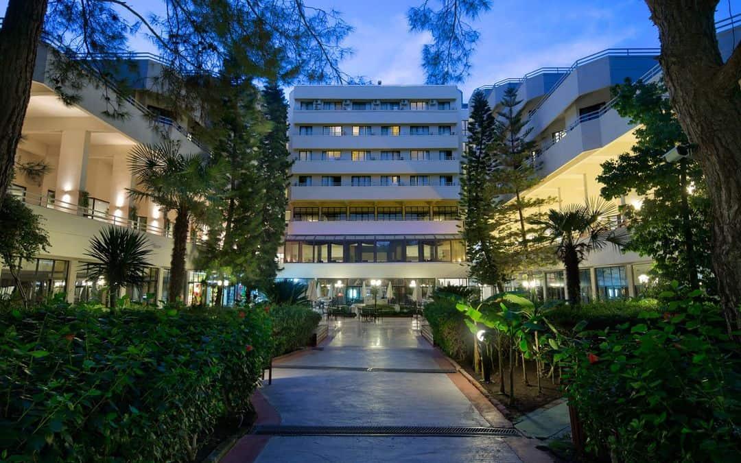 Larissa Fun & Sun Club Saphire Hotel