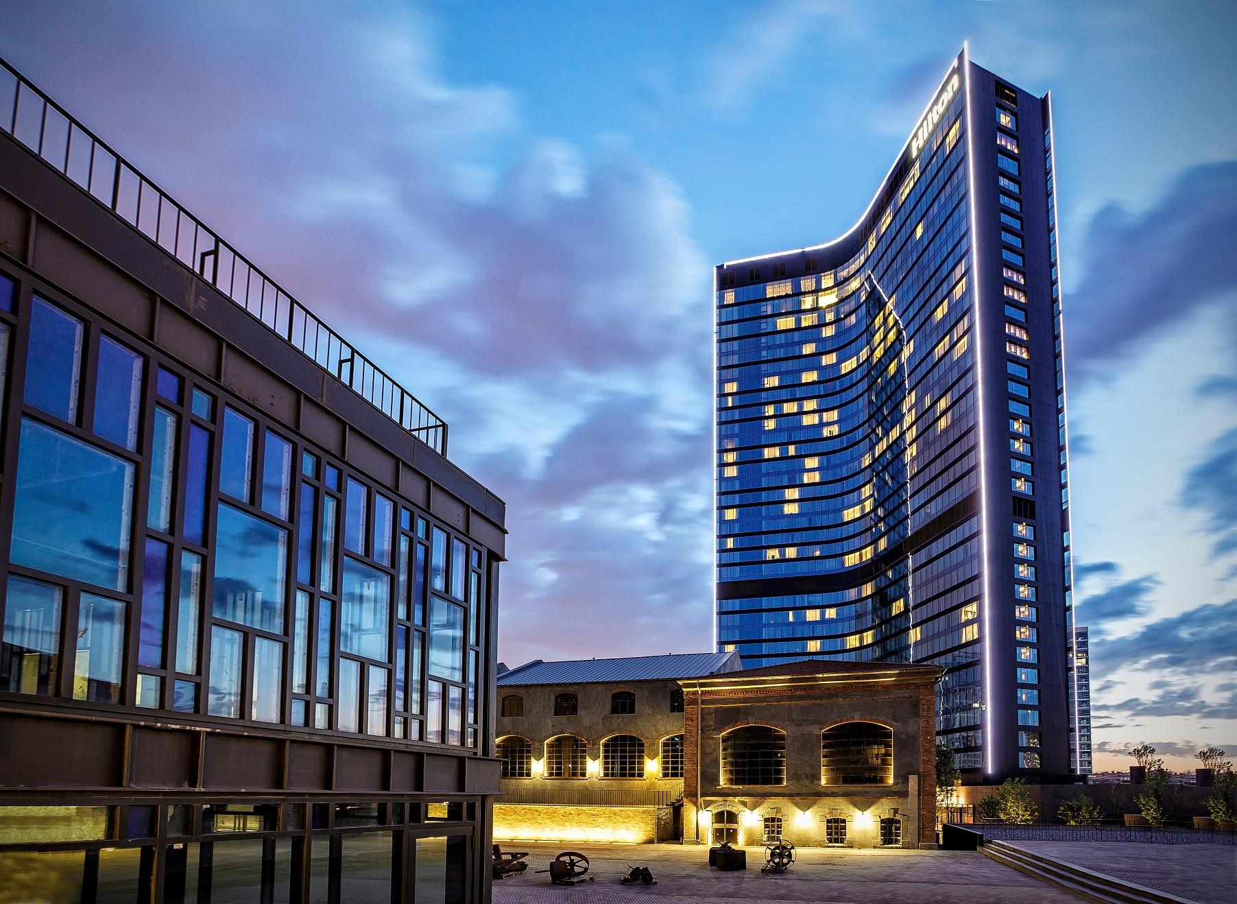 Hilton İstanbul Bomonti Hotel & Conference Center