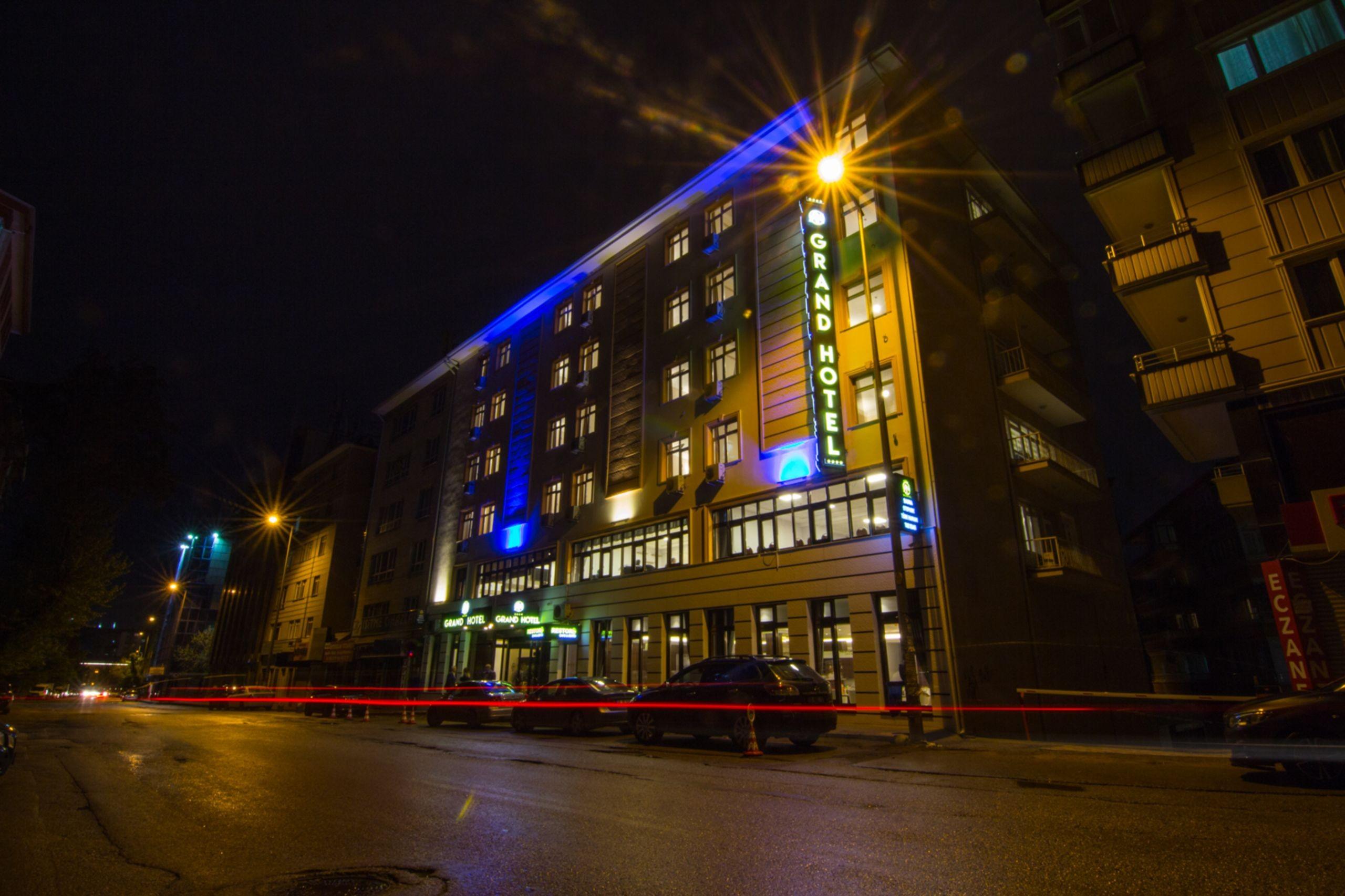 An Grand Hotel