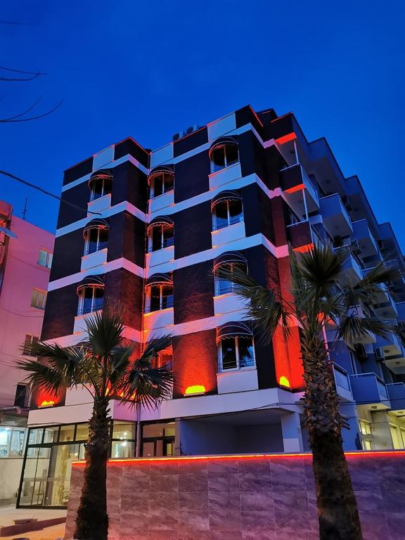 Akman Hotel Kuşadası