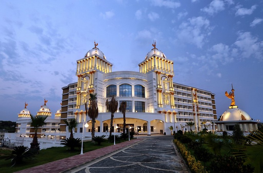 Öz Hotels Sui Resort