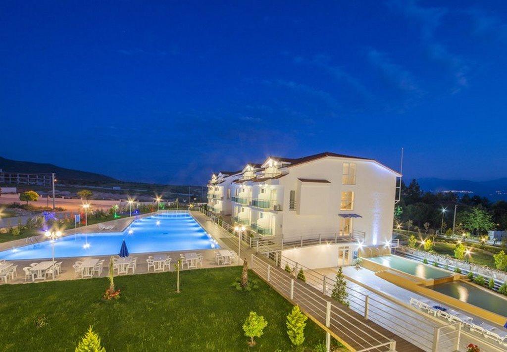 Larina Ninova Thermal Spa & Hotel