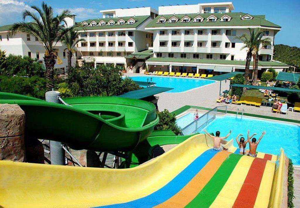 Side Breeze Hotel