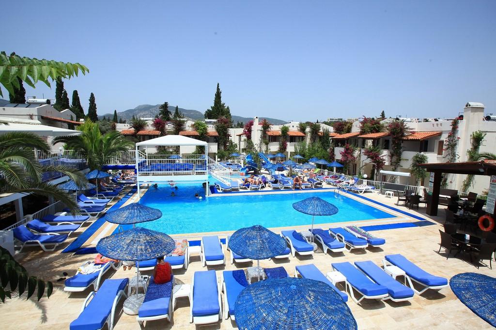 Summer Garden Hotel