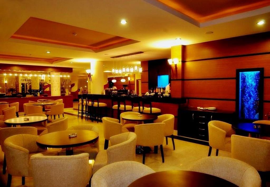 Vuni Palace Hotel   Ecctur.Com