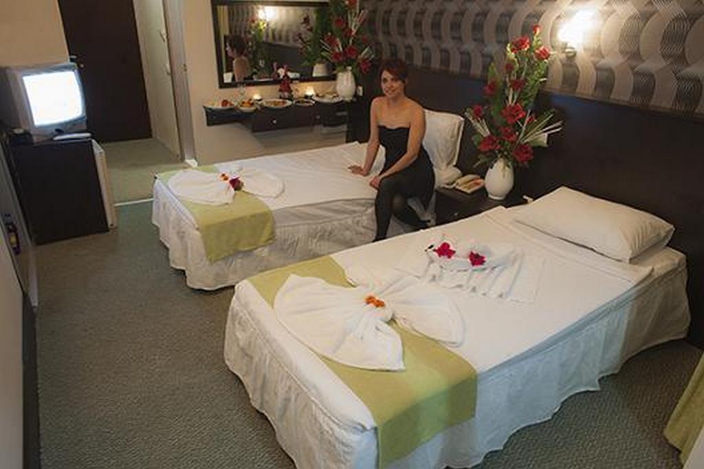 Club Green Gold Hotel
