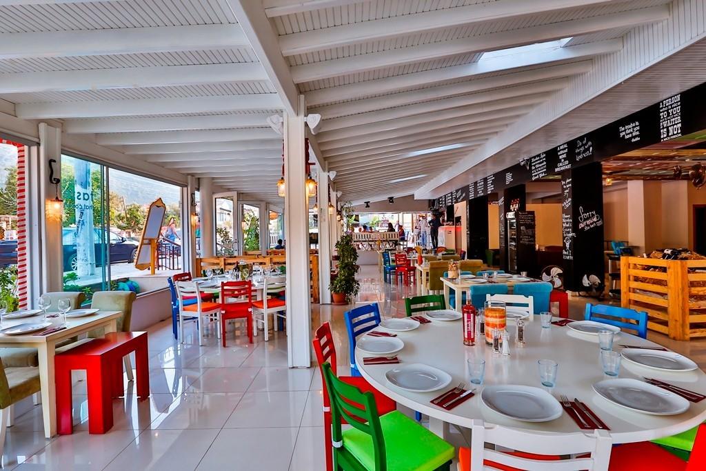 Golden Life Resort