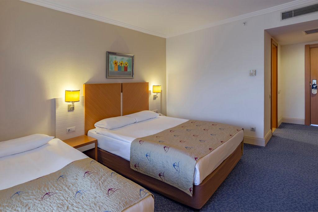 Crystal Admiral Resort Suites Spa