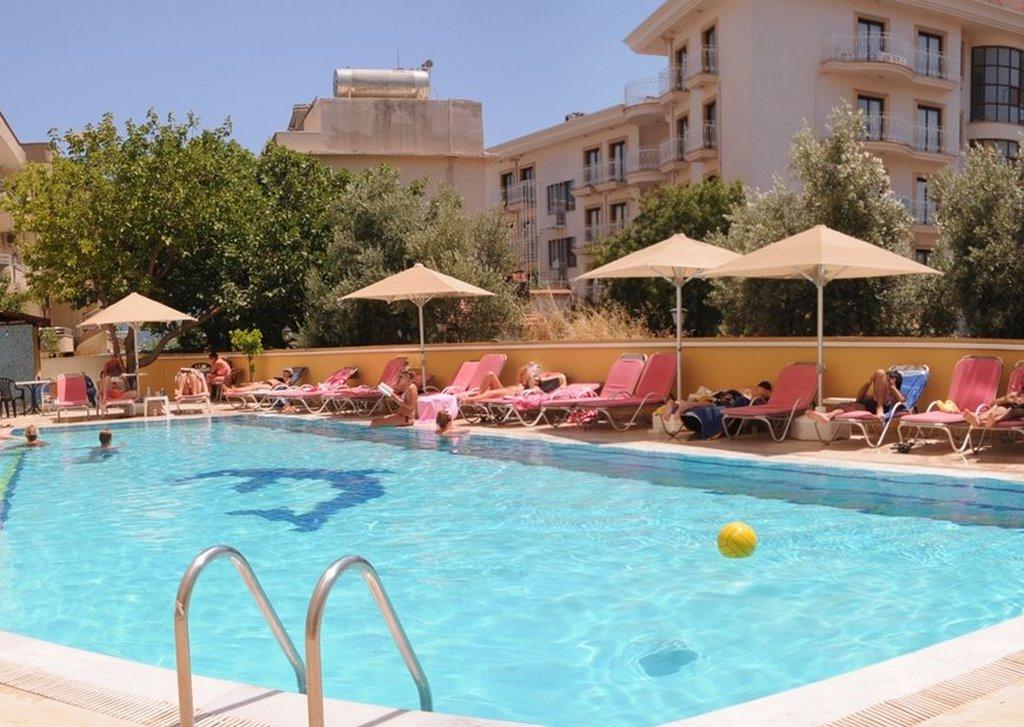 Mert Seaside Hotel