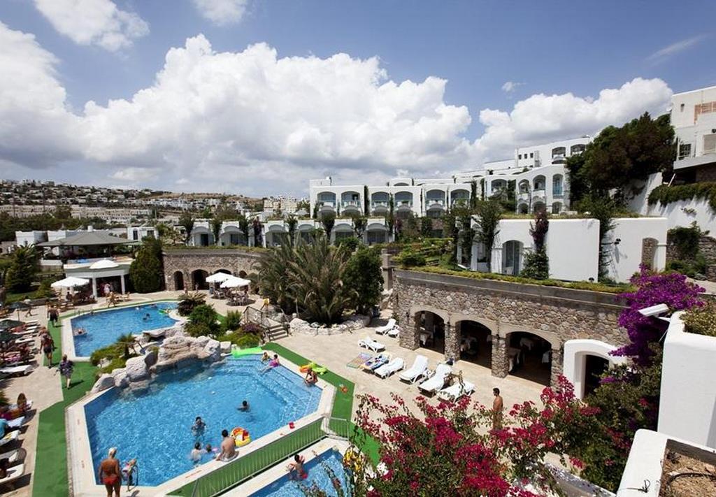 Royal Asarlık Beach Hotel