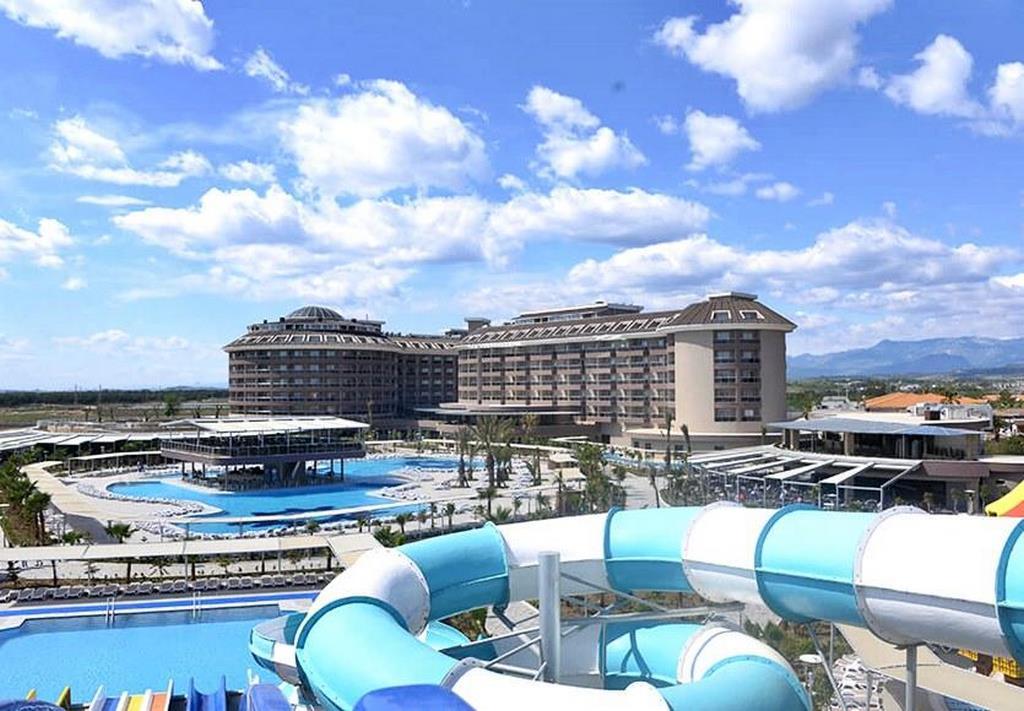 Sunmelia Beach Hotel